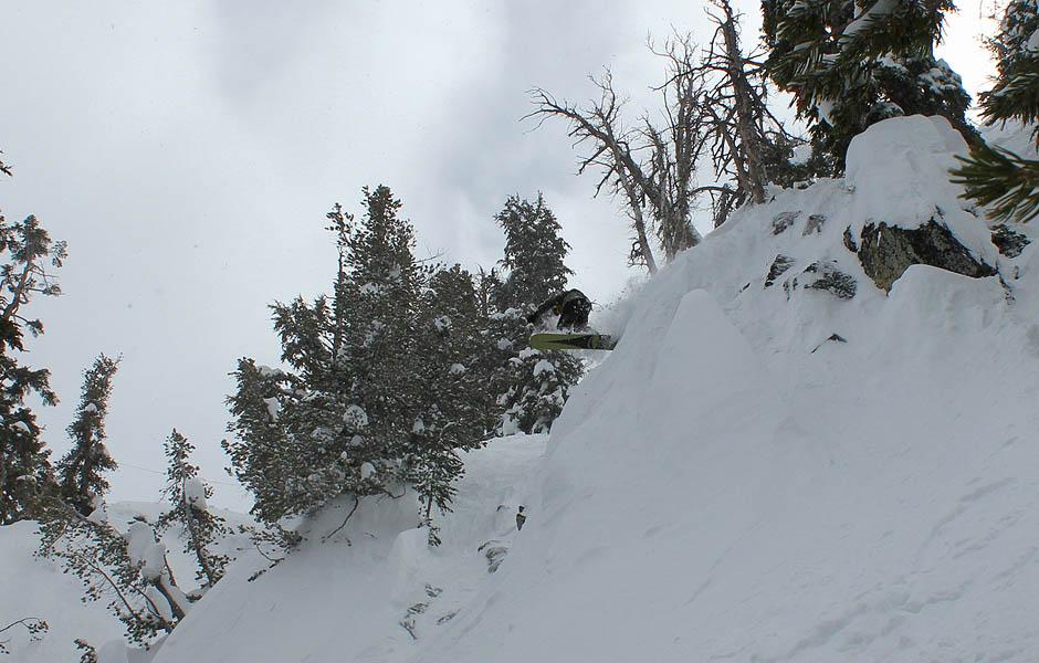 heavenly snowboarding